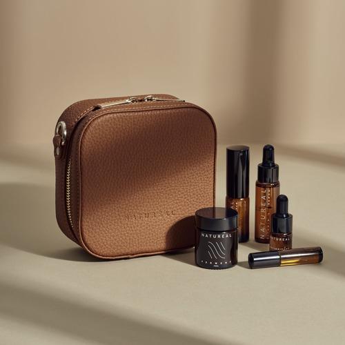 Minitravel-bag-brown-foto